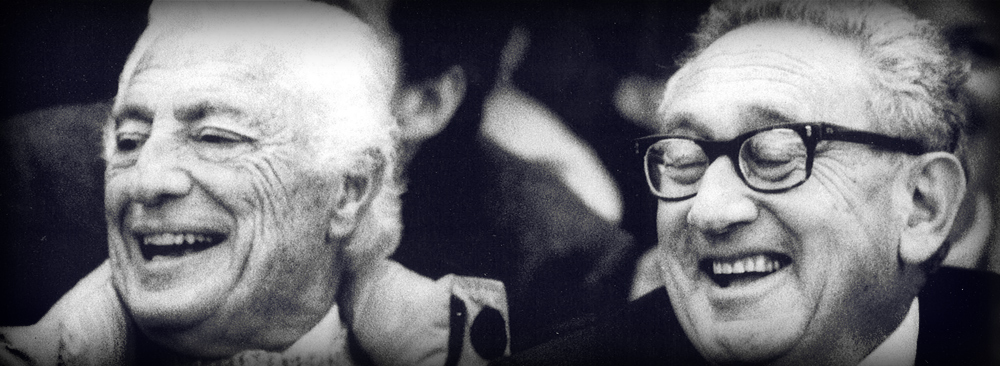 Gianni Agnelli with his friend Henry Kissinger, American Sate Secretary and Nobel Peace Prize winner, at the stadium.