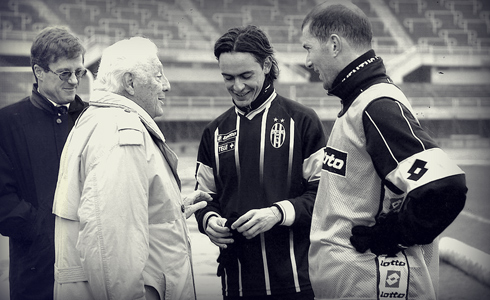 The Avvocato with Filippo Inzaghi and Zinédine Zidane before a game