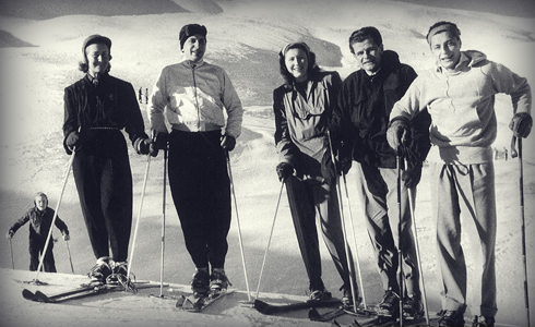 His passion for the mountains.  Gianni on his skis with his brother-in-law Tassilo Furstenberg (right side on photo).