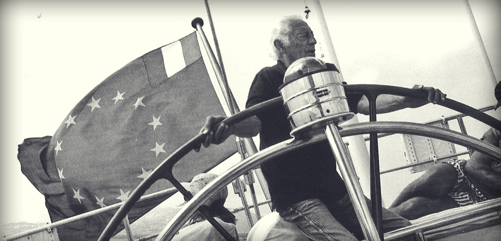The Avvocato at the helm of  his boat Extrabeat.  His other boats were Agneta and Stealth.